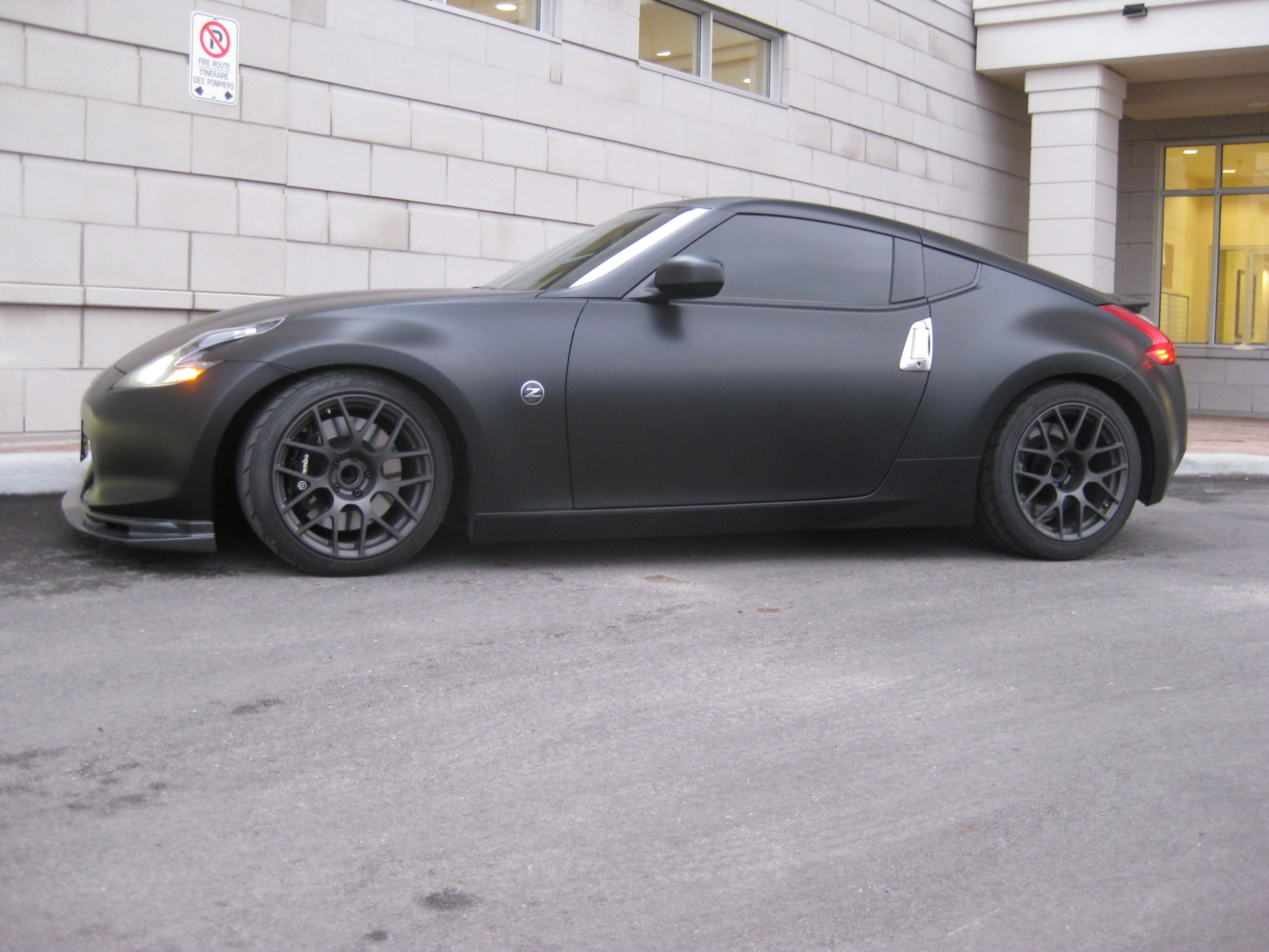 matte black wrap speedmerchants nissan 370z speedmerchants motorsports. Black Bedroom Furniture Sets. Home Design Ideas